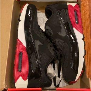 Nike Air Max 90 Essential Shoes 11 US